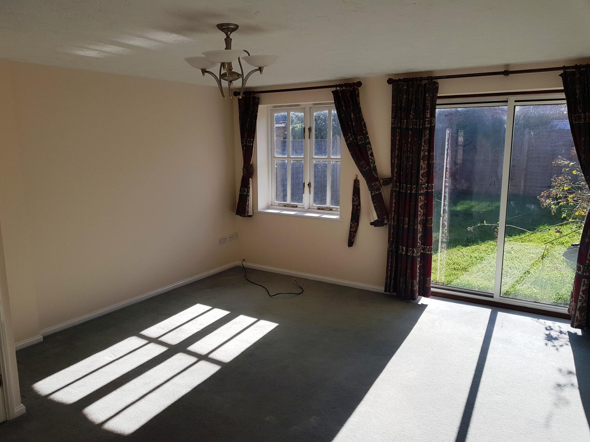 3 bedroom detached house SSTC in Ipswich - 2
