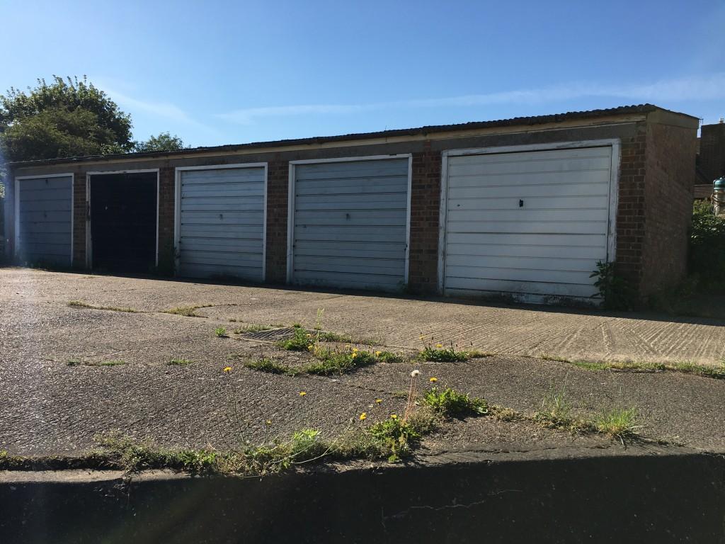 Garage SSTC in Ipswich - Photograph 1