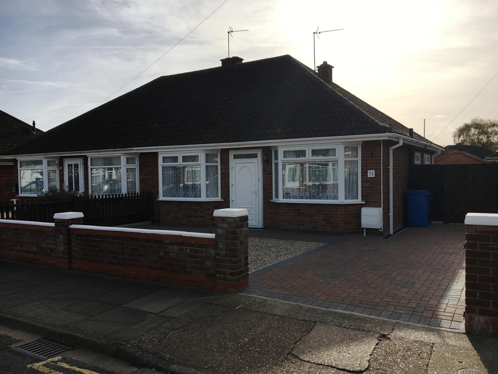 2 bedroom detached bungalow bungalow Sale Agreed in Ipswich - Photograph 1