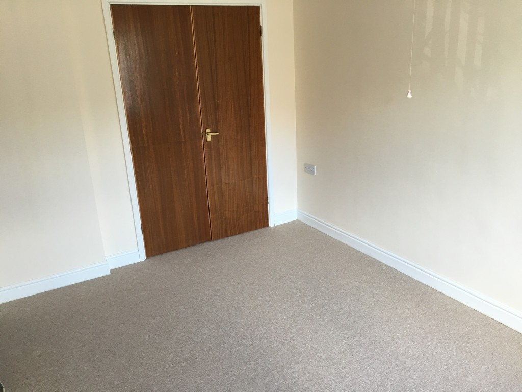 2 bedroom apartment flat/apartment For Sale in Ipswich - Photograph 5