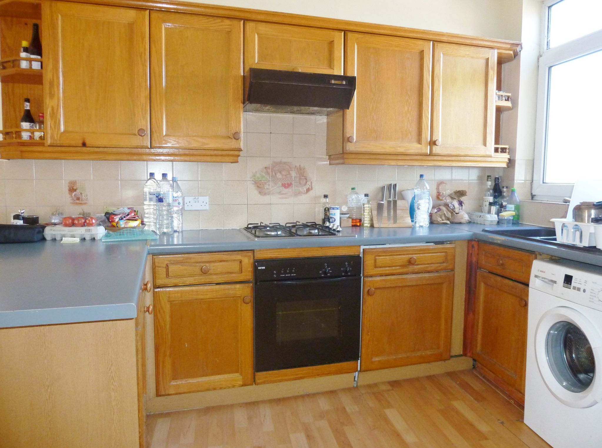 1 bedroom studio flat/apartment To Let in Willesden Green - Gas cooker