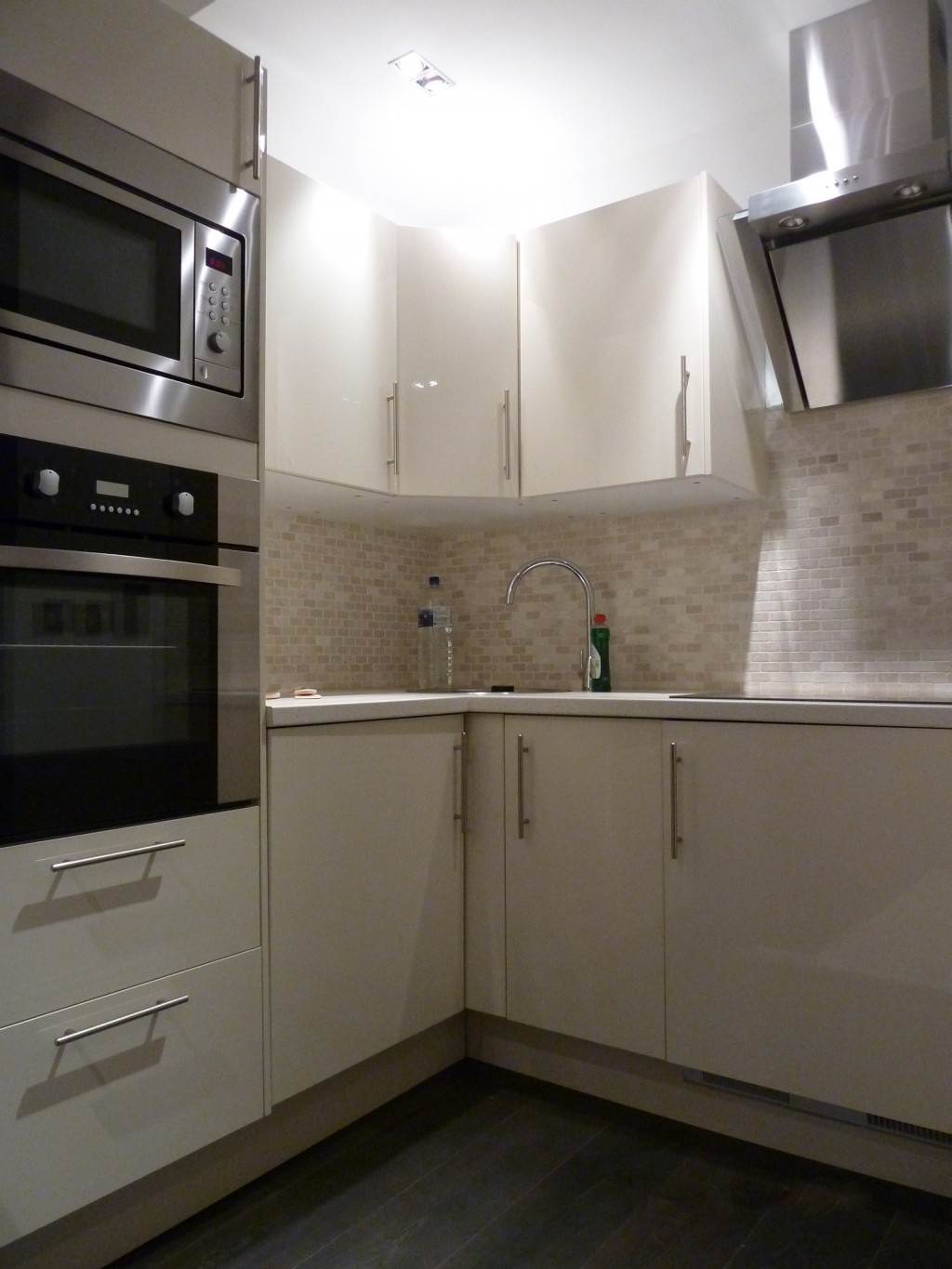 1 bedroom apartment flat/apartment To Let in London - Fully Fitted Kitchen