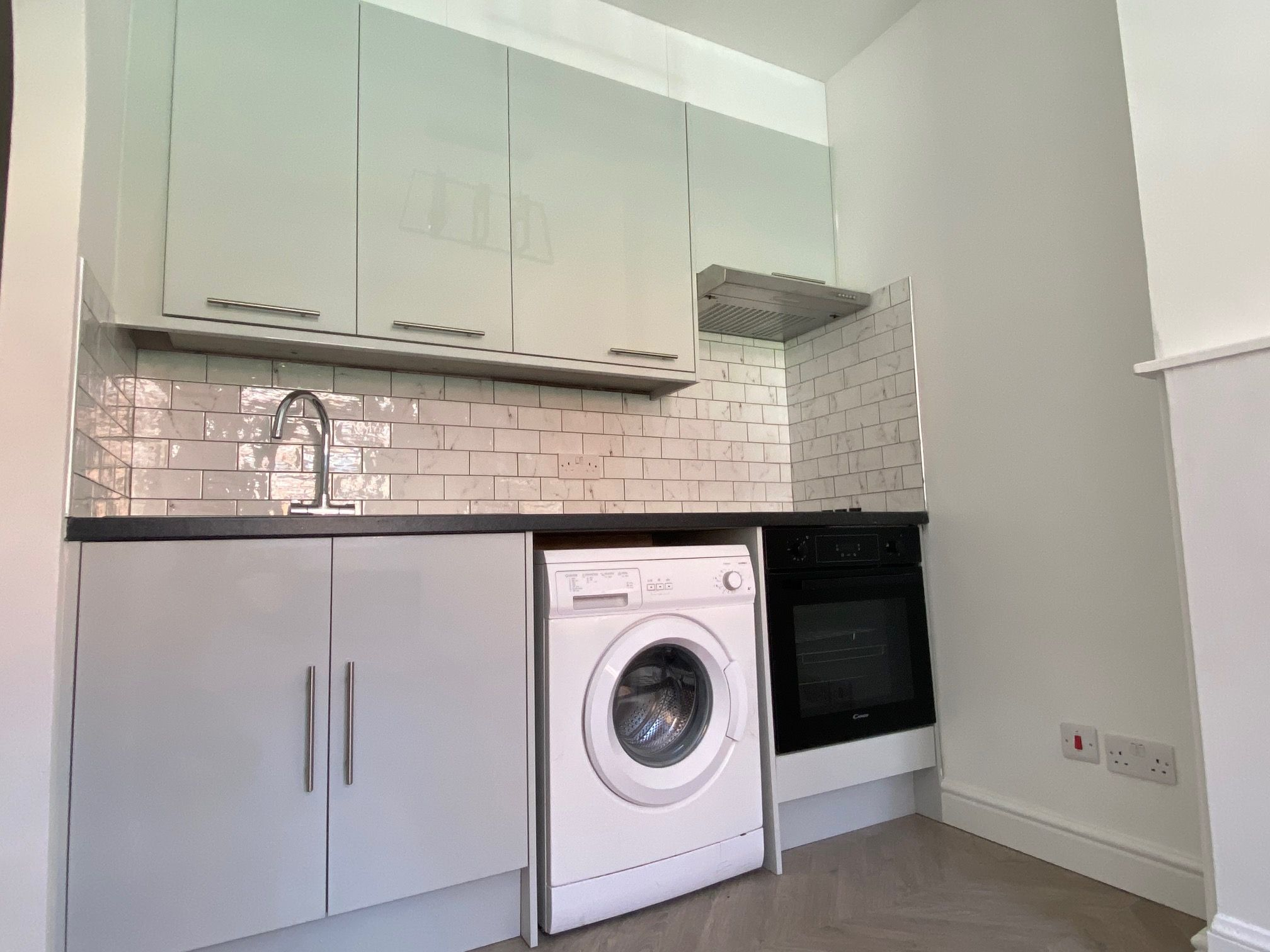 2 bedroom flat flat/apartment Let in Willesden - Brand New Fully Fitted Kitchen