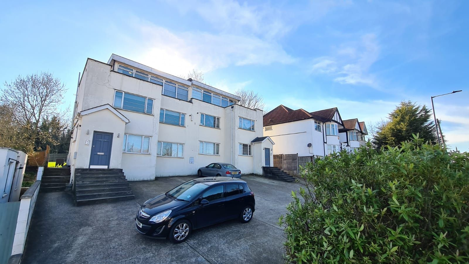 1 bedroom flat flat/apartment To Let in Wembley - Front of the building