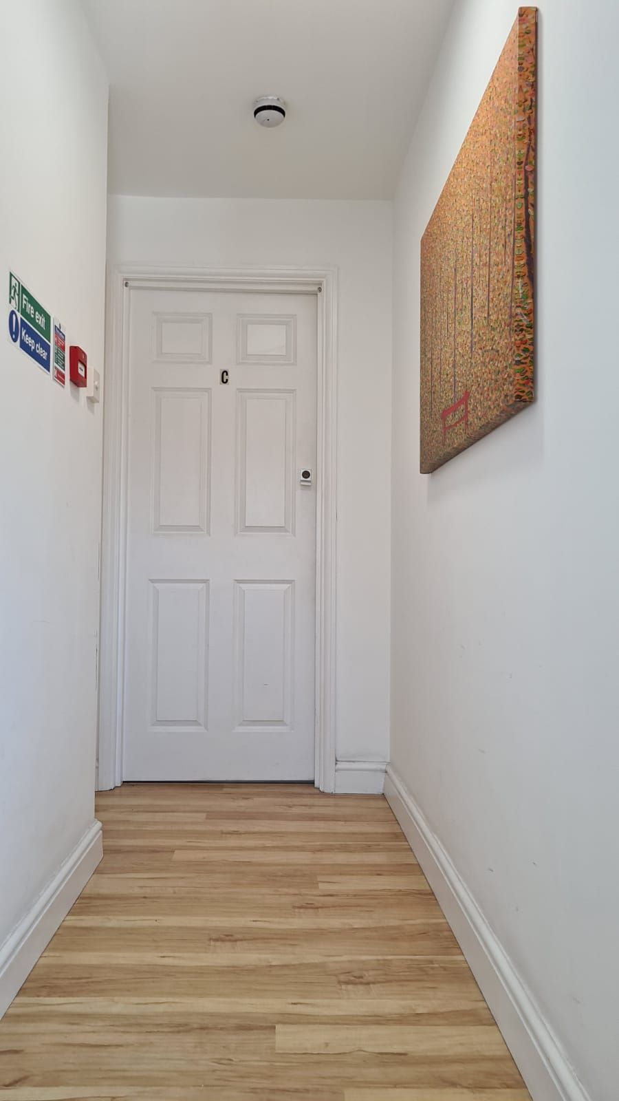 1 bedroom flat flat/apartment To Let in Wembley - Hallway