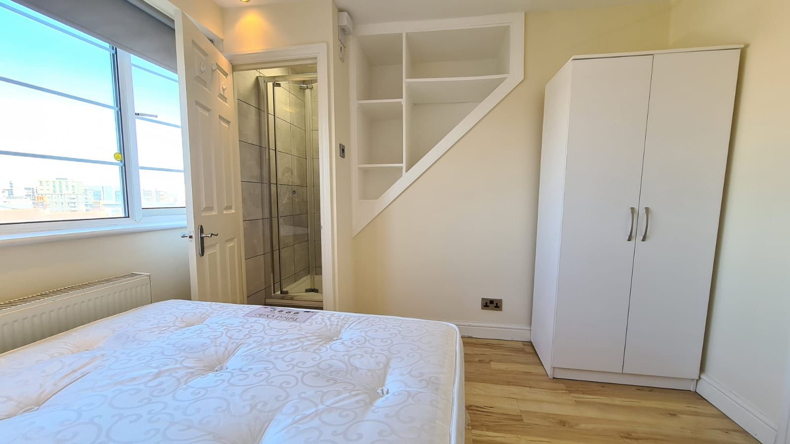 1 bedroom flat flat/apartment To Let in Wembley - Bedroom