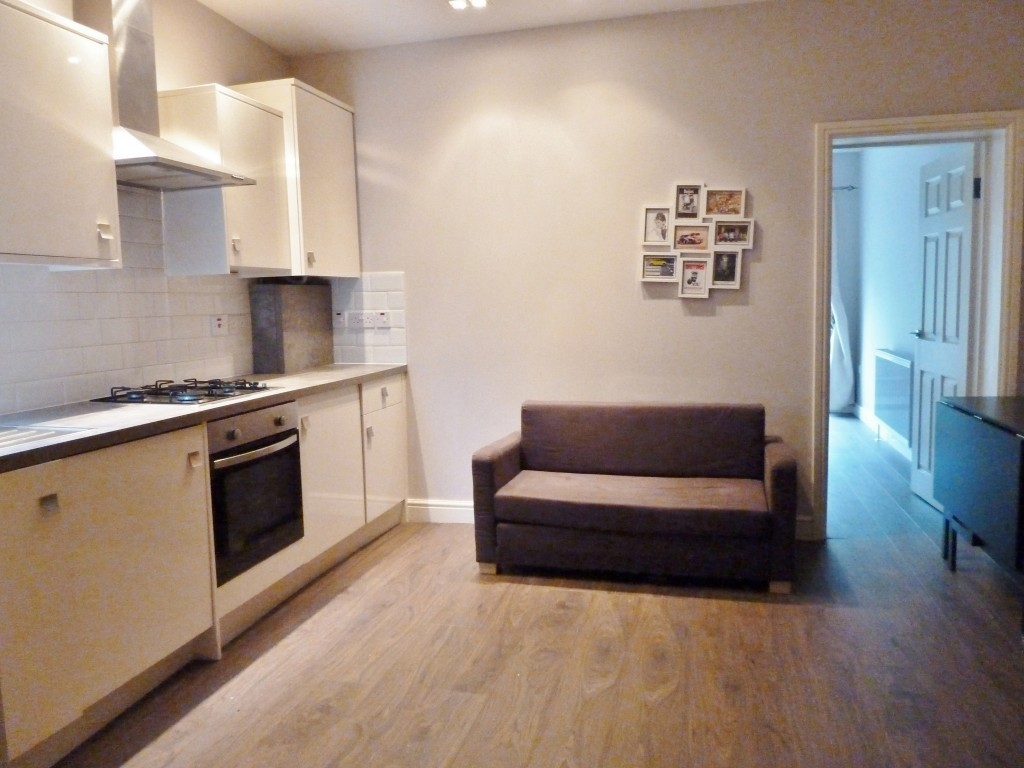 1 bedroom ground floor flat/apartment To Let in Willesden Green - Property photograph