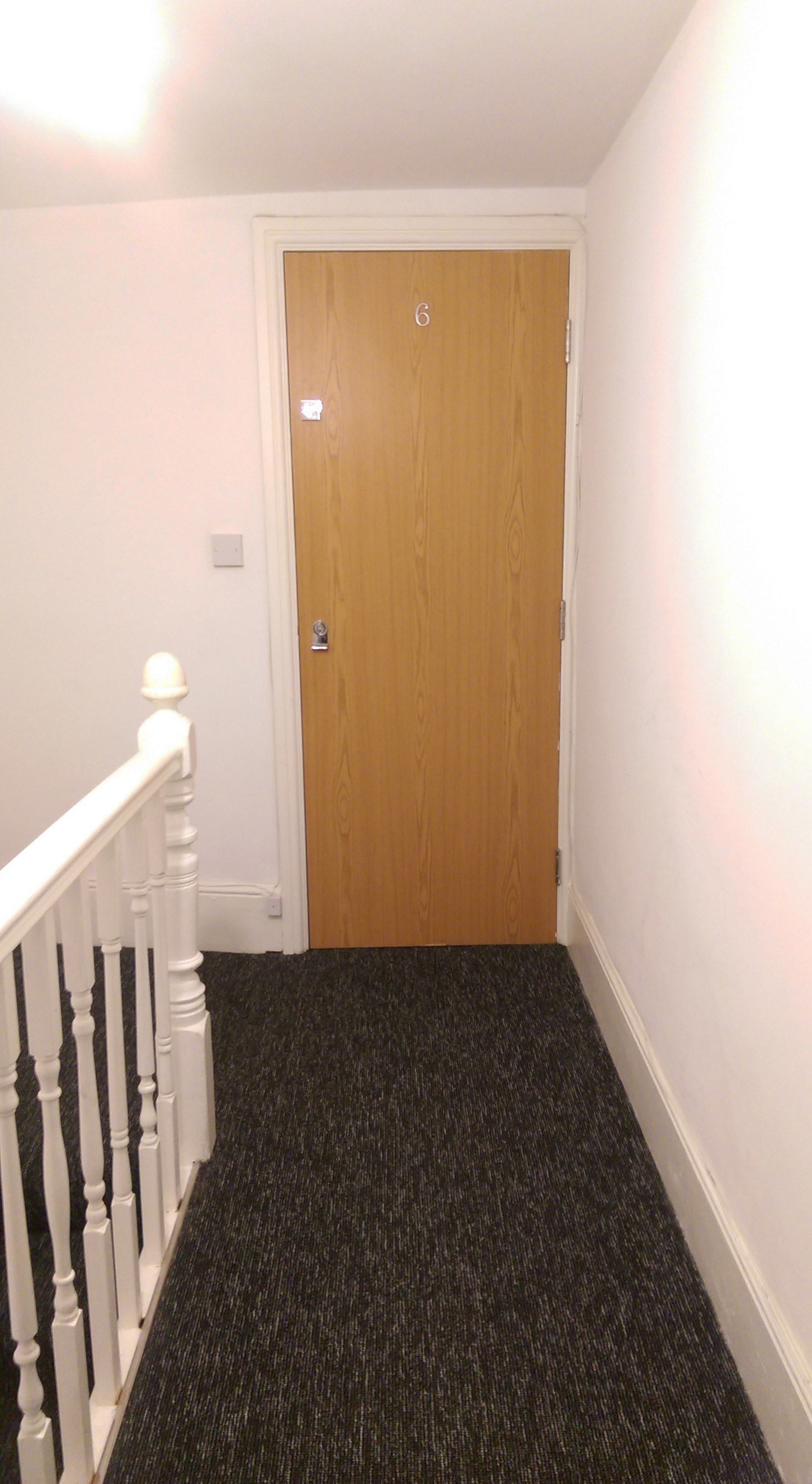 1 bedroom apartment flat/apartment To Let in Willesden Green - Entrance