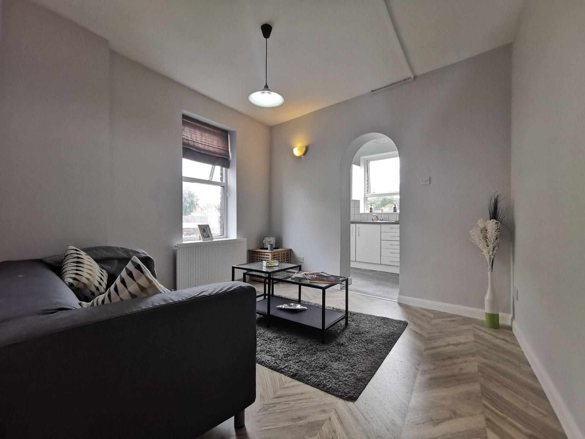 2 bedroom apartment flat/apartment Let in Brent - Photograph 1
