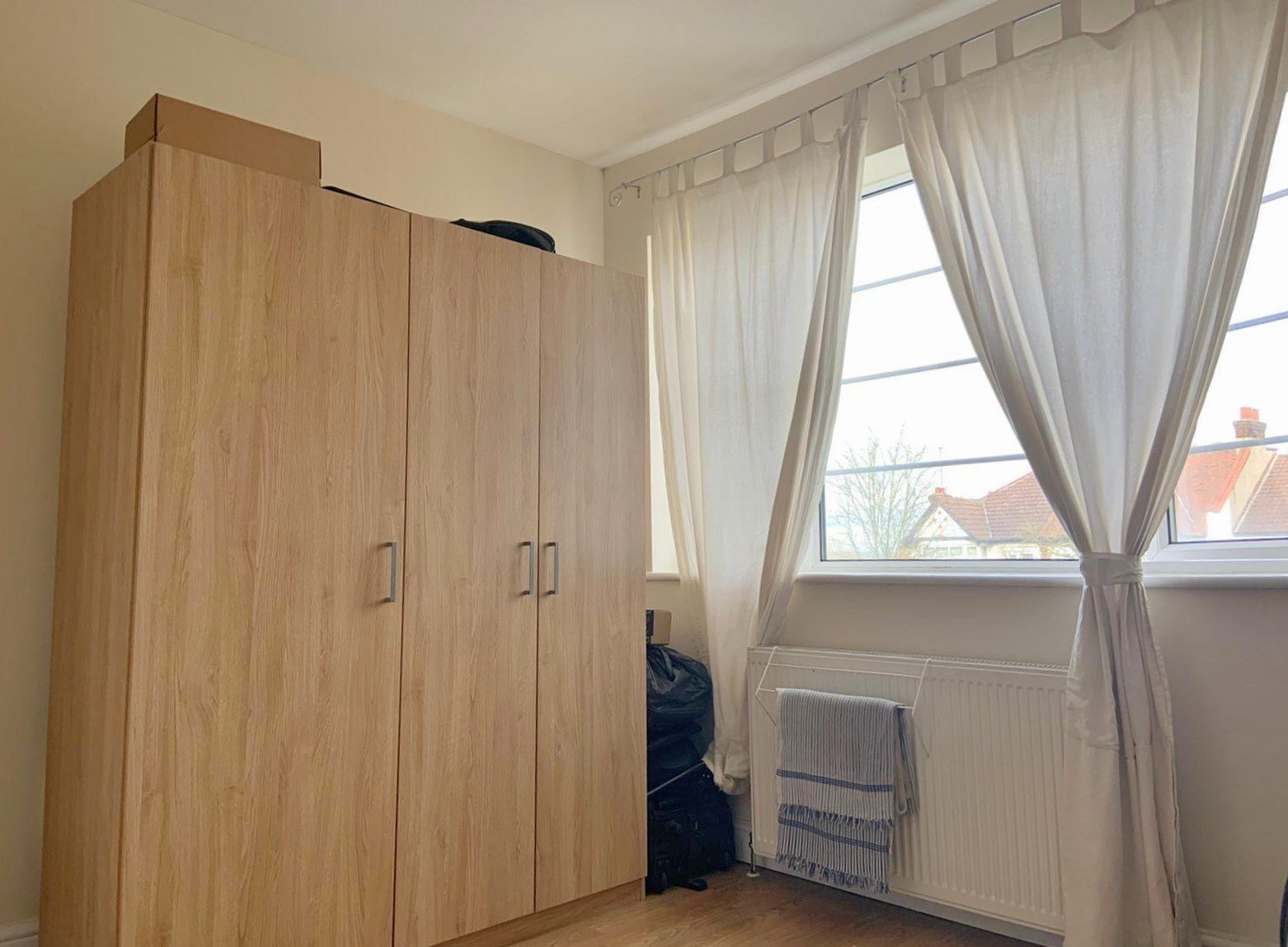 2 bedroom flat flat/apartment To Let in Wembley - Bed 2- gas central heating