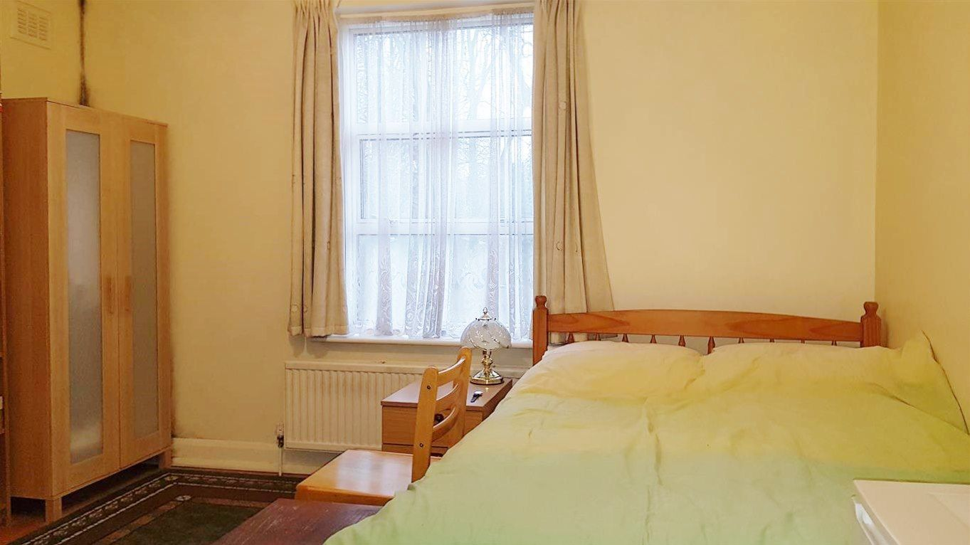 1 bedroom studio flat/apartment To Let in London - DOUBLE BED