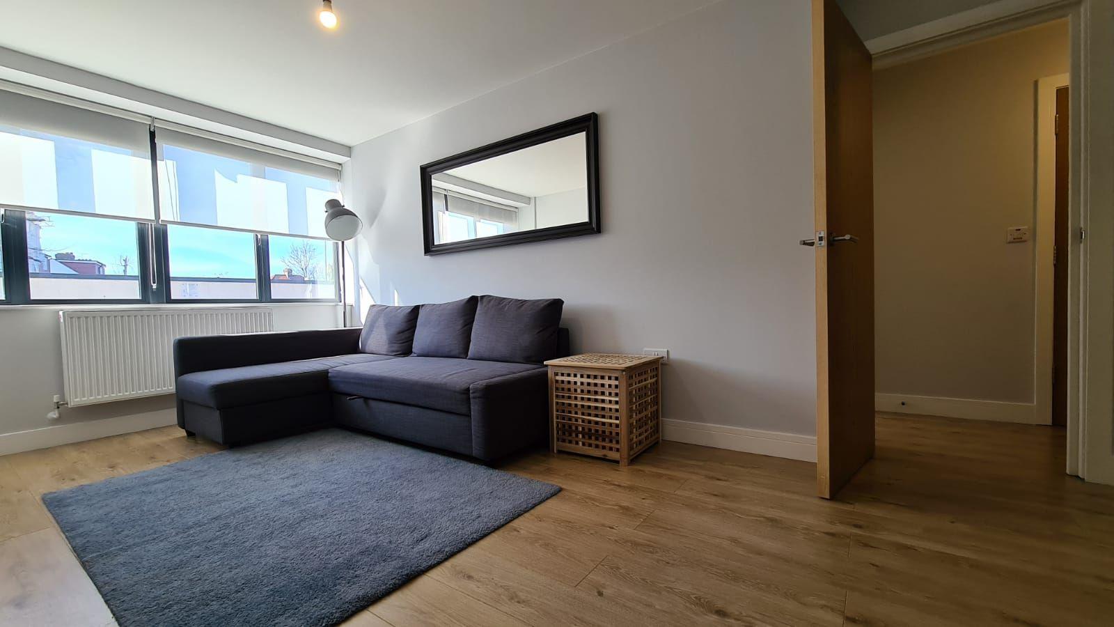 1 bedroom flat flat/apartment To Let in Kingsbury - Living Room Wood flooring