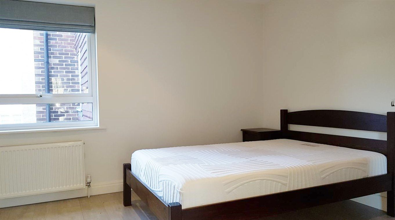 2 bedroom apartment flat/apartment To Let in Stanmore - Second Bedroom - Double