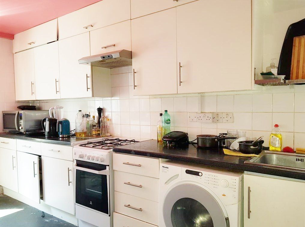 1 bedroom shared house To Let in London - FULLY FITTED KITCHEN