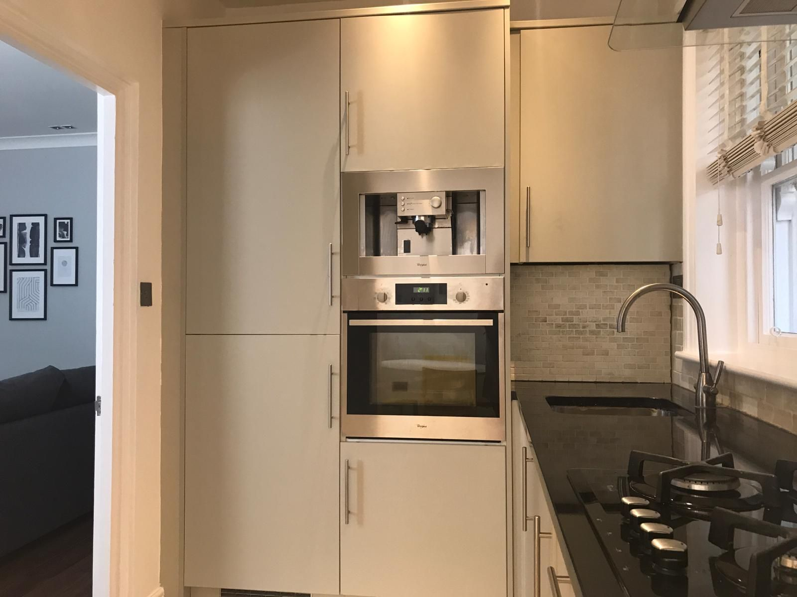 2 bedroom flat flat/apartment To Let in London - Kitchen with integrated coffee machine