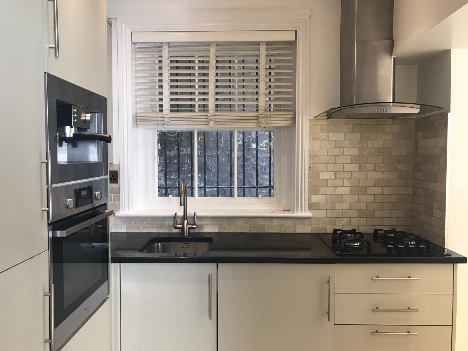 2 bedroom flat flat/apartment To Let in London - Fully fitted kitchen