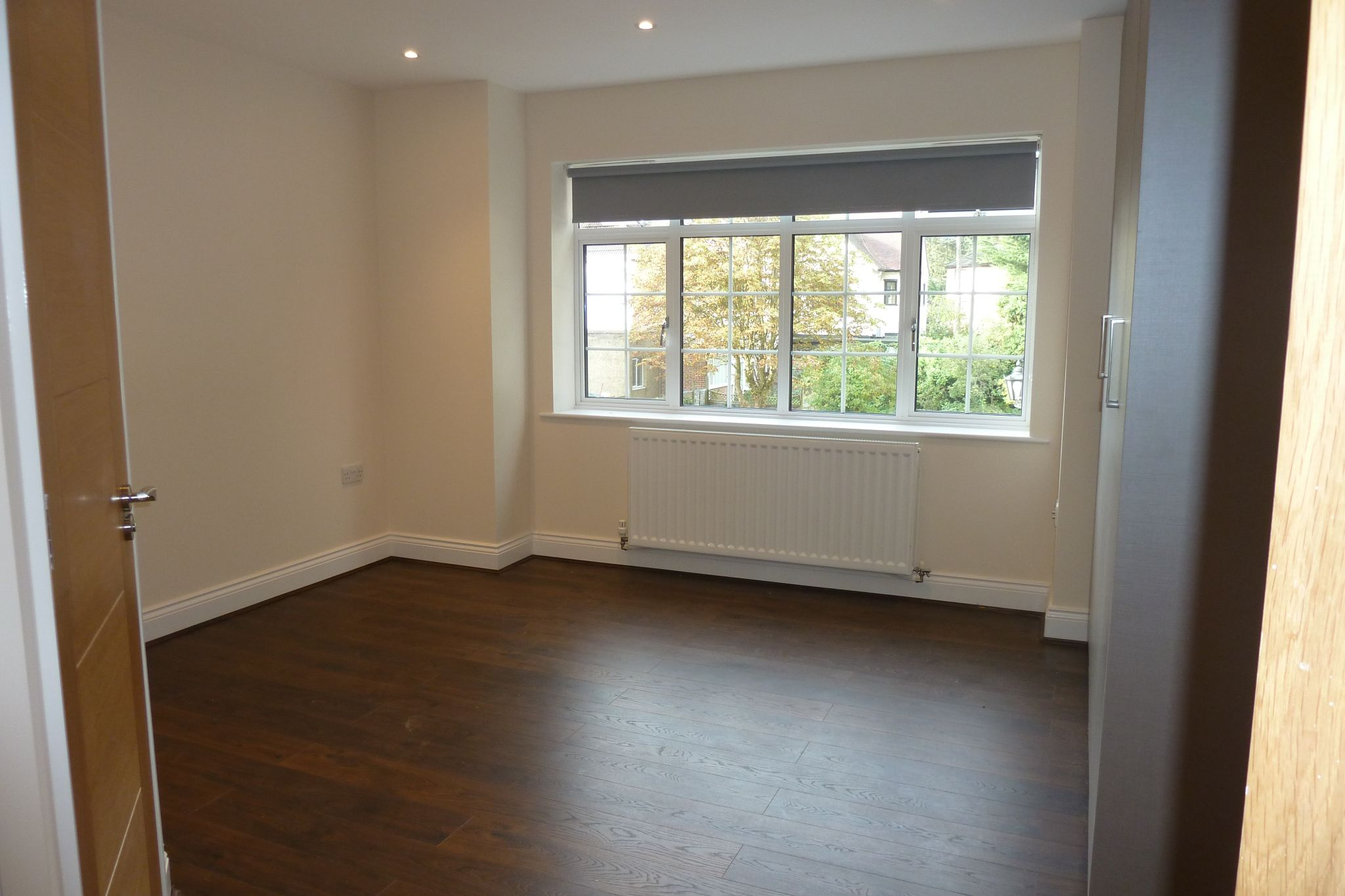 2 bedroom apartment flat/apartment Under Offer in Harrow On The Hill - First Doube Room