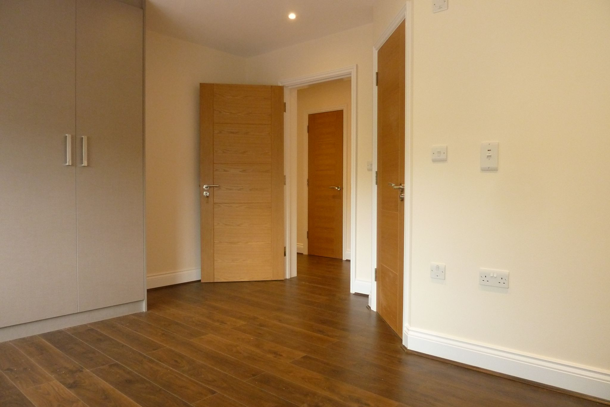 2 bedroom apartment flat/apartment Under Offer in Harrow On The Hill - First Bedroom with Ensuite