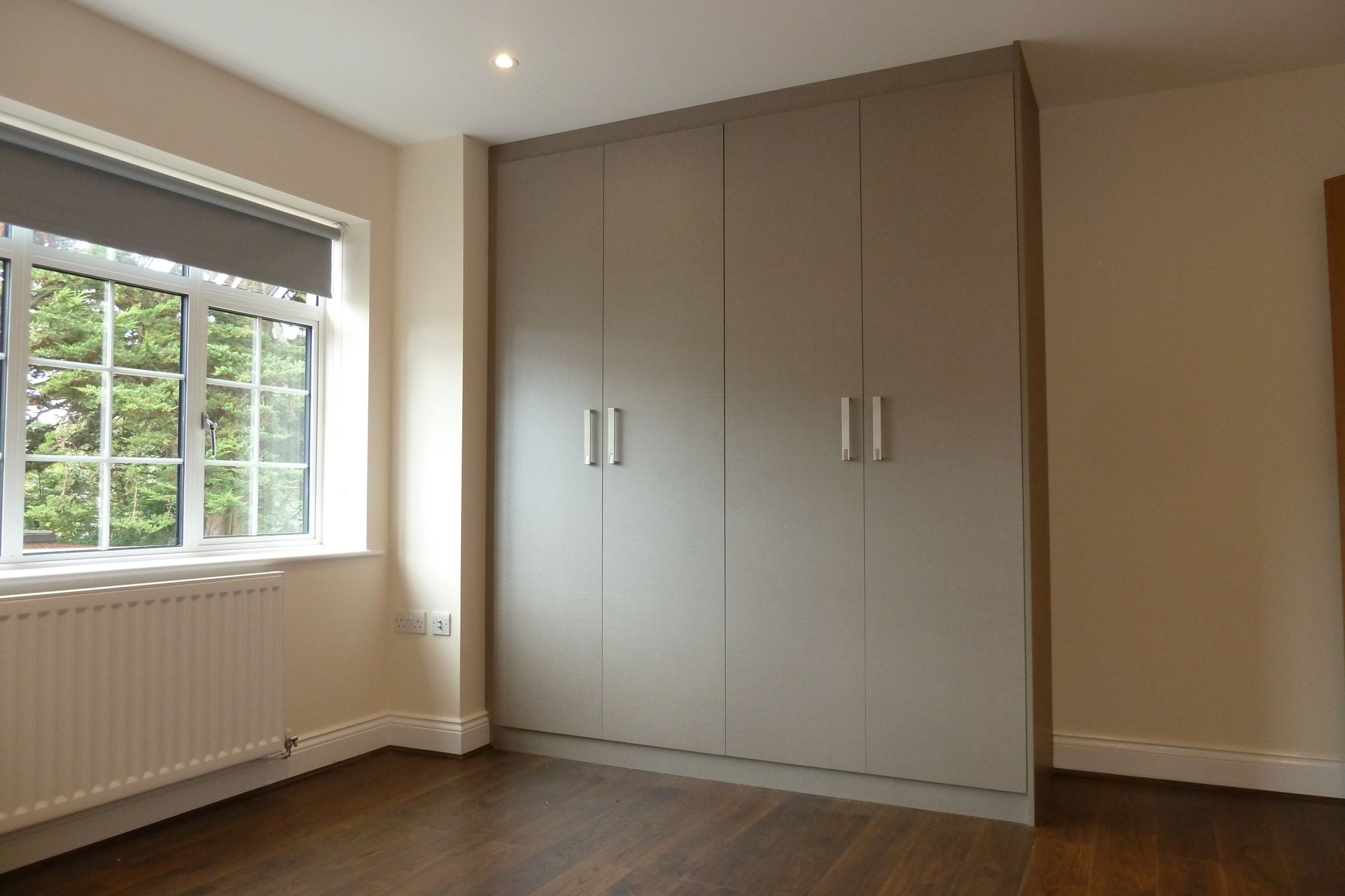 2 bedroom apartment flat/apartment Under Offer in Harrow On The Hill - Amazing Fitted Double Wardrobes