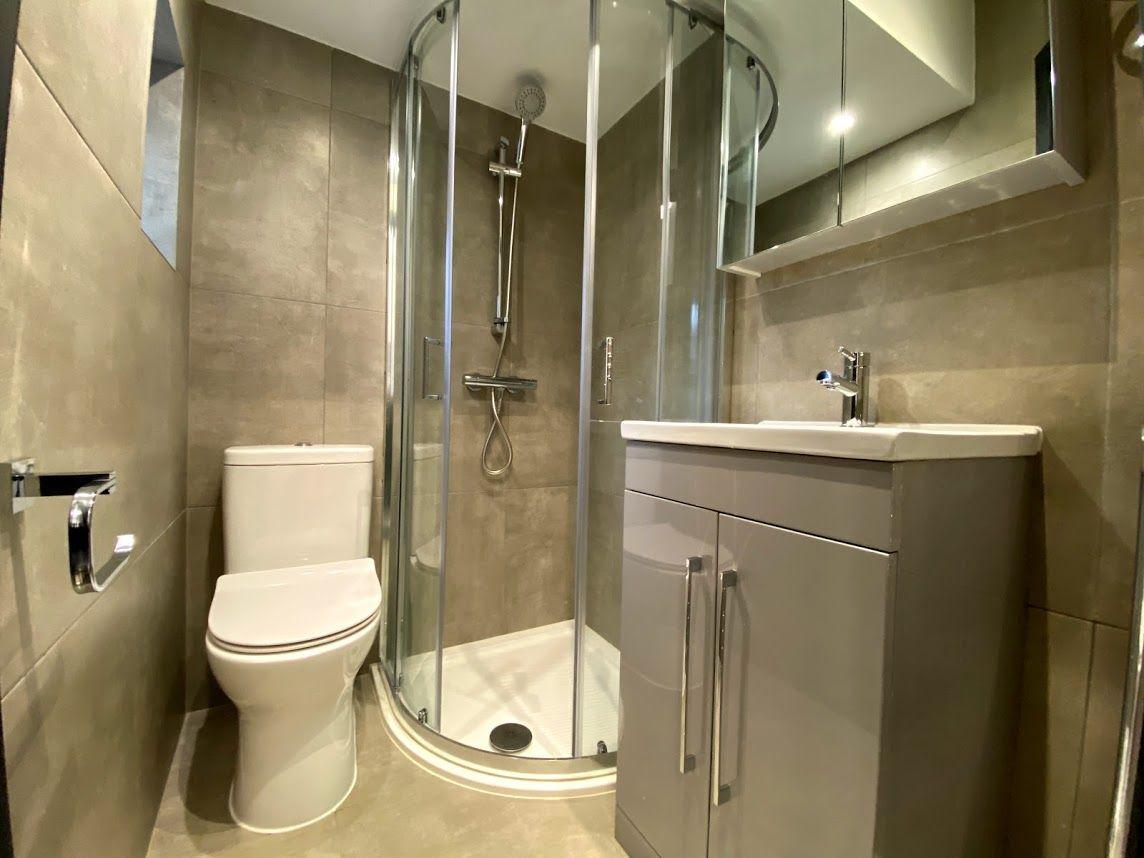 1 bedroom shared house To Let in Willesden Green - Beautiful En suite