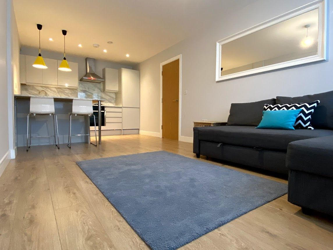 1 bedroom flat flat/apartment To Let in Kingsbury - OPEN PLAN KITCHEN/LIVING ROOM