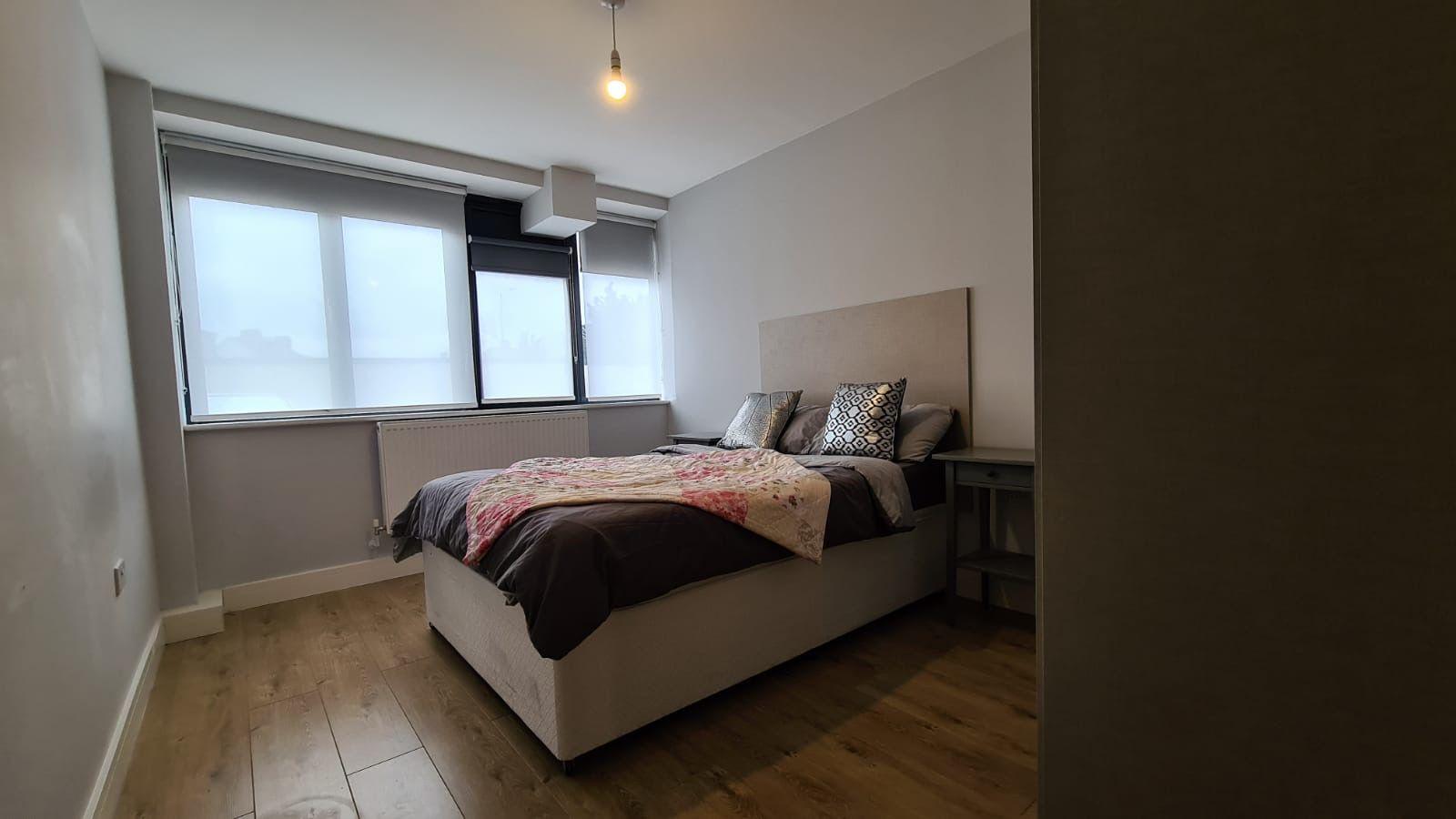 1 bedroom flat flat/apartment To Let in Kingsbury - Bedroom