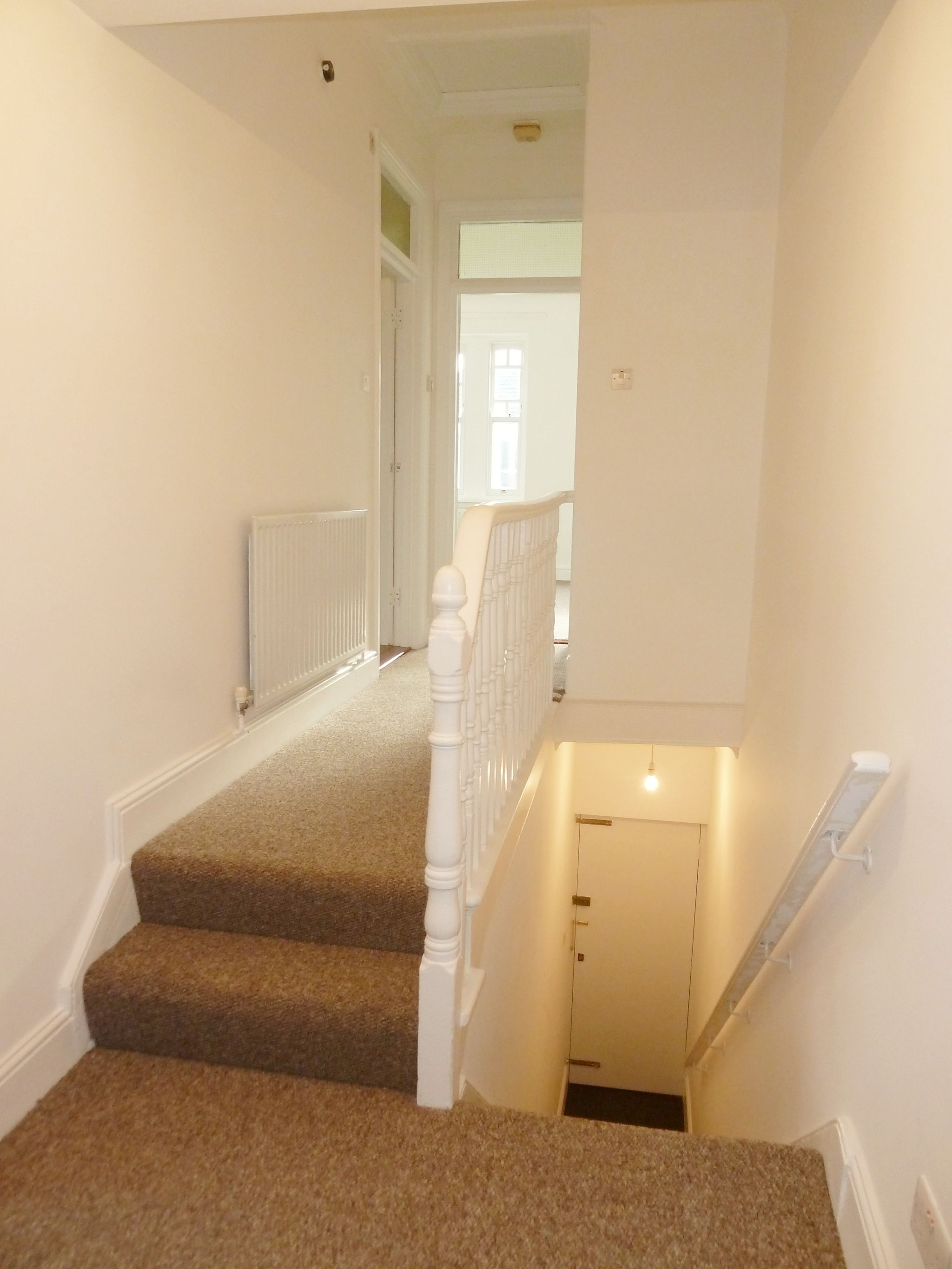1 bedroom flat flat/apartment To Let in London - Photograph 4