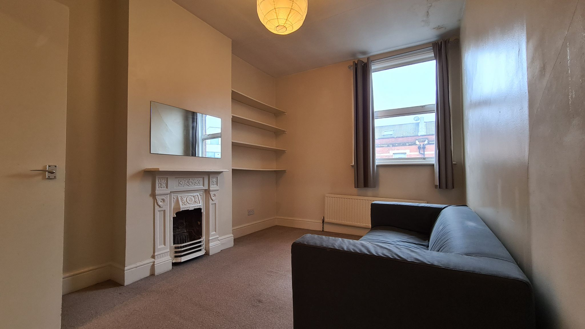 1 bedroom apartment flat/apartment To Let in Willesden Green - Photograph 1