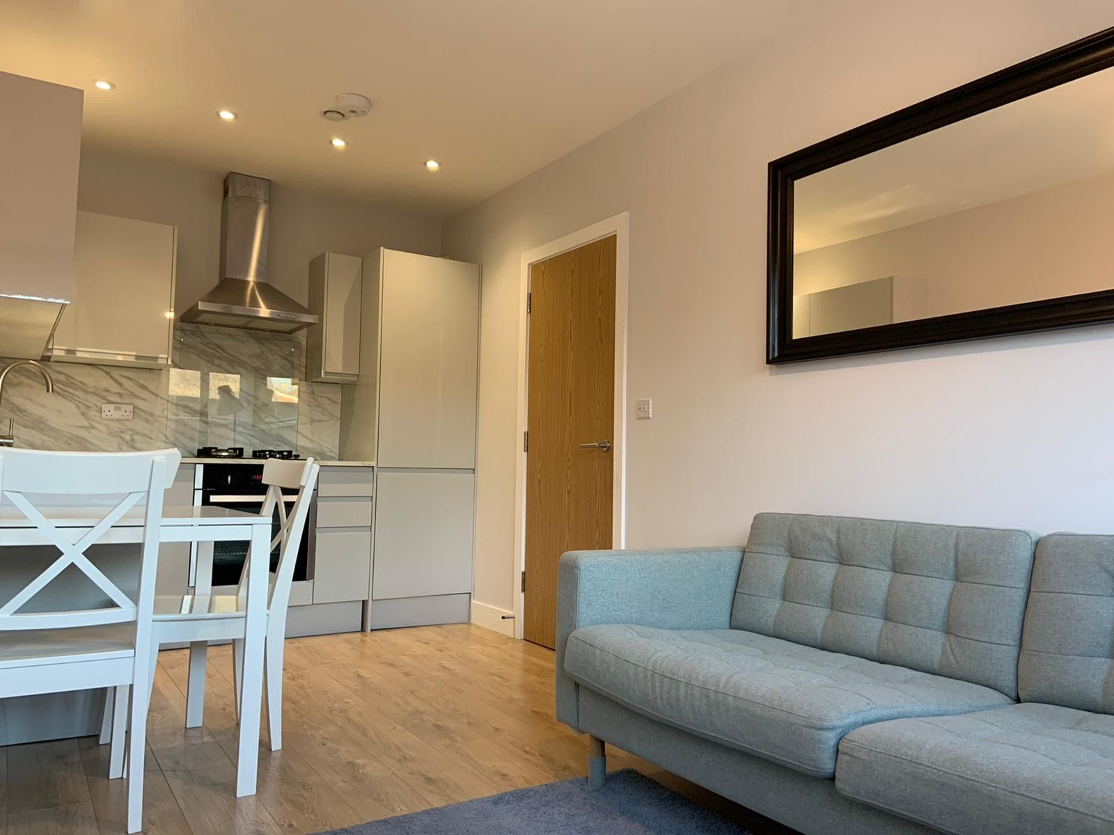 1 bedroom apartment flat/apartment Under Offer in Kingsbury - Modern Fittings