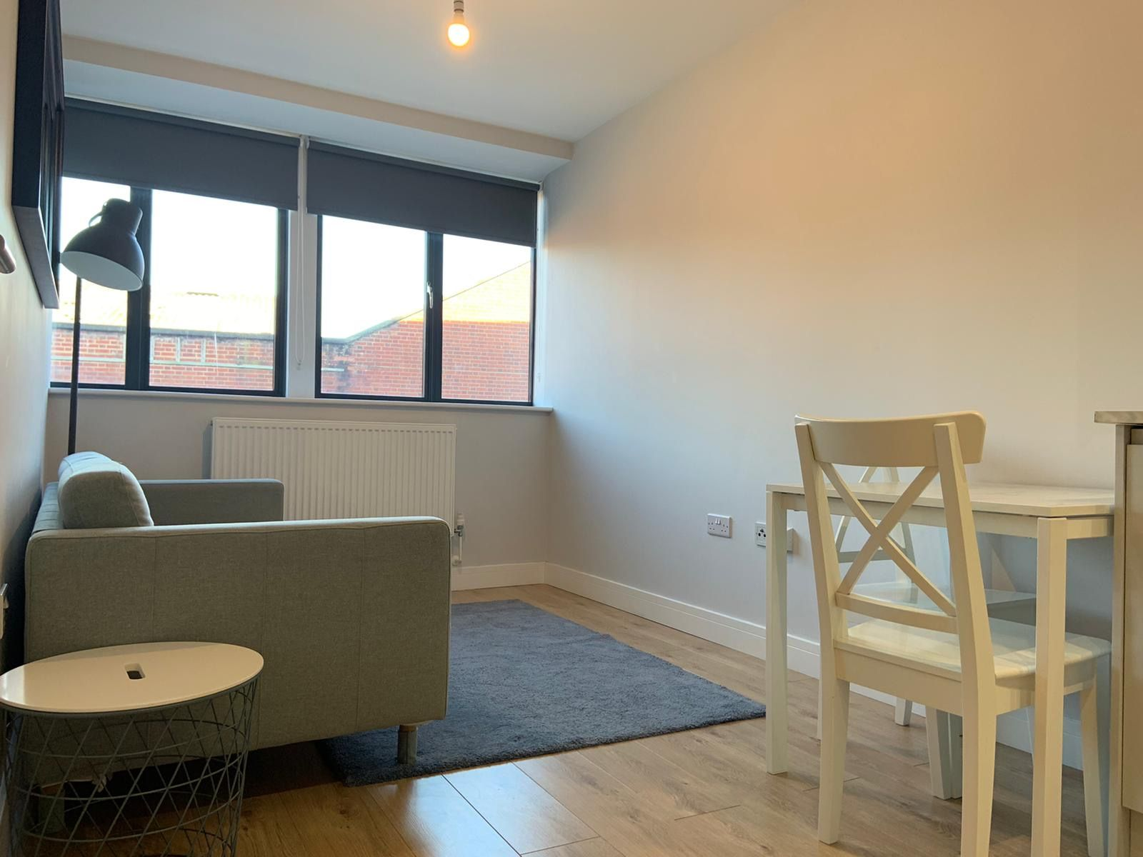 1 bedroom apartment flat/apartment Under Offer in Kingsbury - Living room