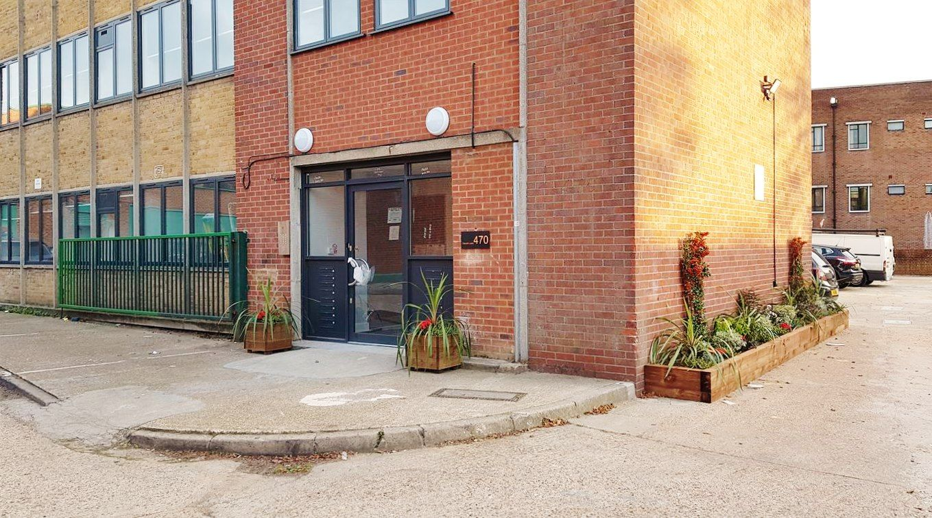 1 bedroom apartment flat/apartment Under Offer in Kingsbury - Entrance