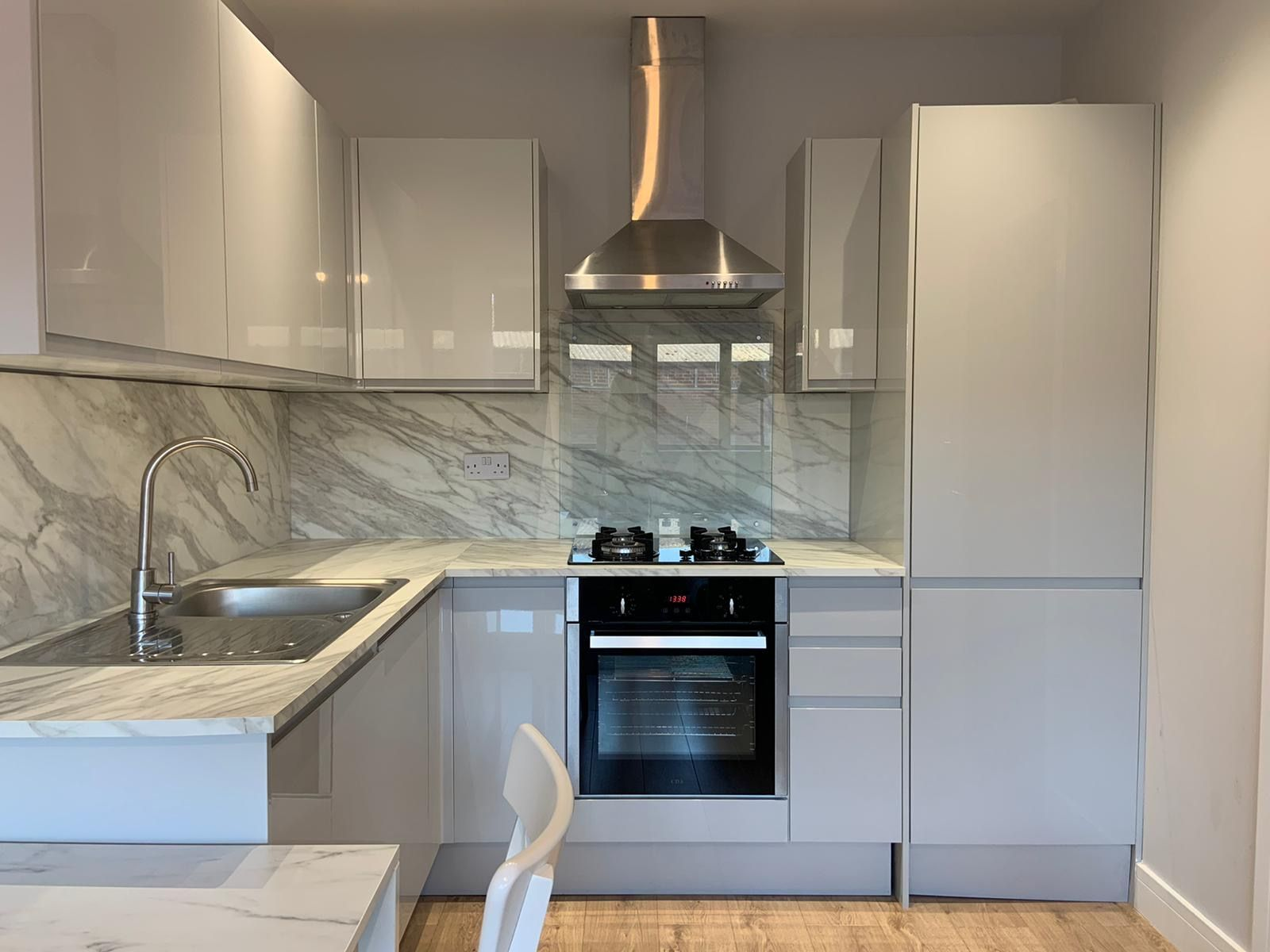1 bedroom apartment flat/apartment Under Offer in Kingsbury - Kitchen