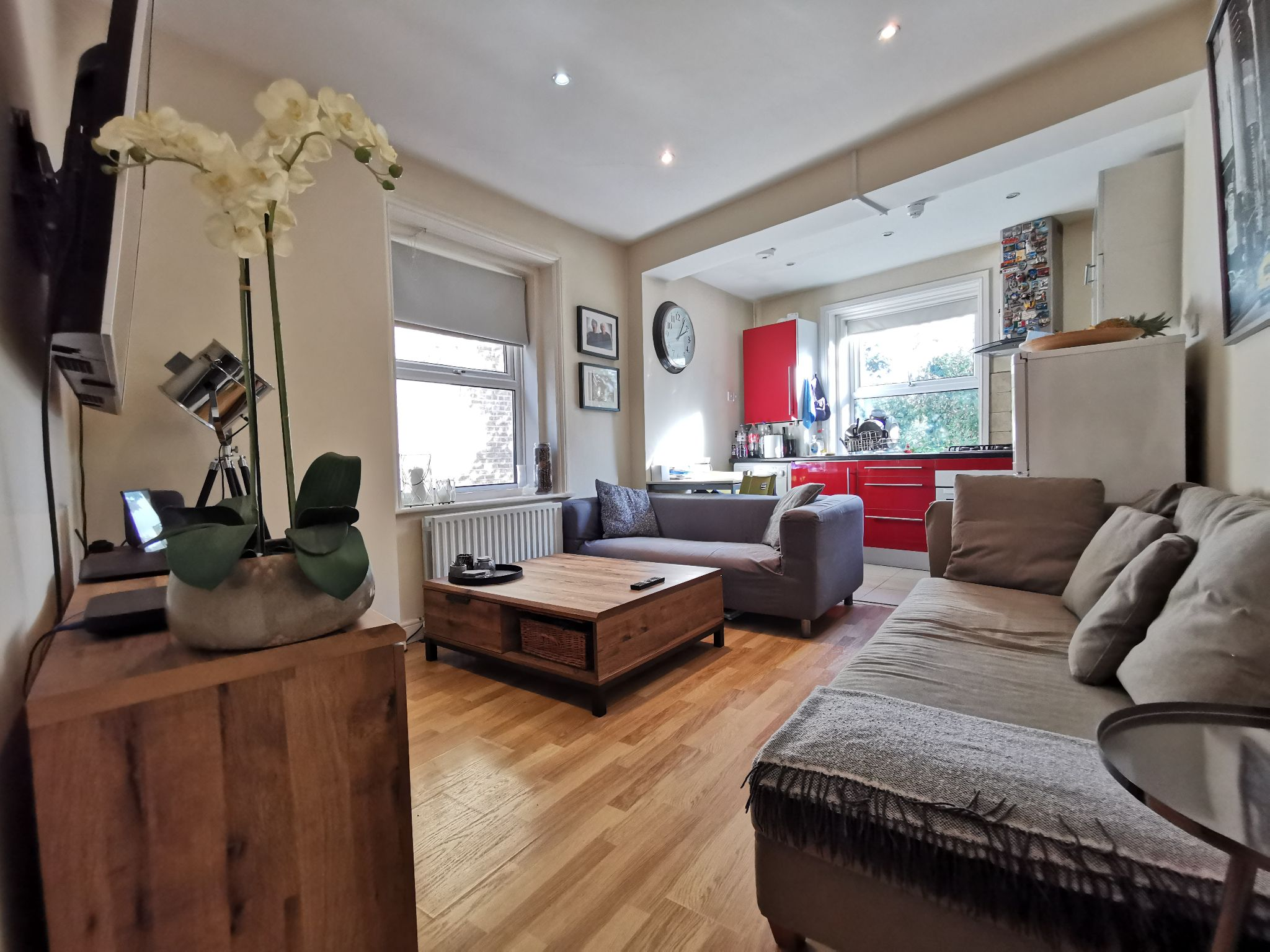 1 bedroom apartment flat/apartment To Let in Brent - Photograph 13