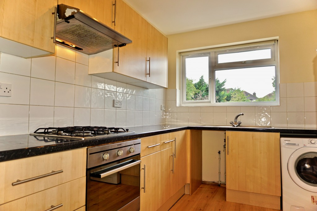 2 bedroom flat flat/apartment Let in Willesden Green - SEP KITCHEN-DINING ROOM
