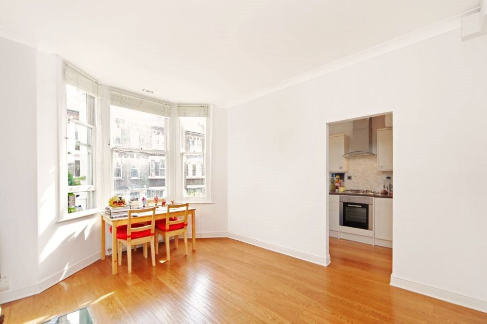 1 bedroom flat flat/apartment Let in London - SEPERATE LIVING ROOM/DINER