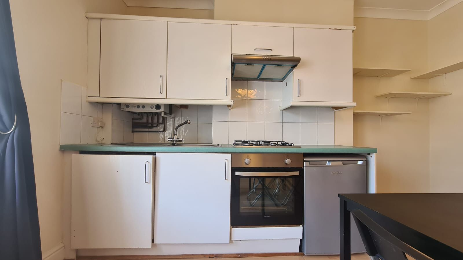 1 bedroom studio flat/apartment Let in Willesden Green - Kitchen