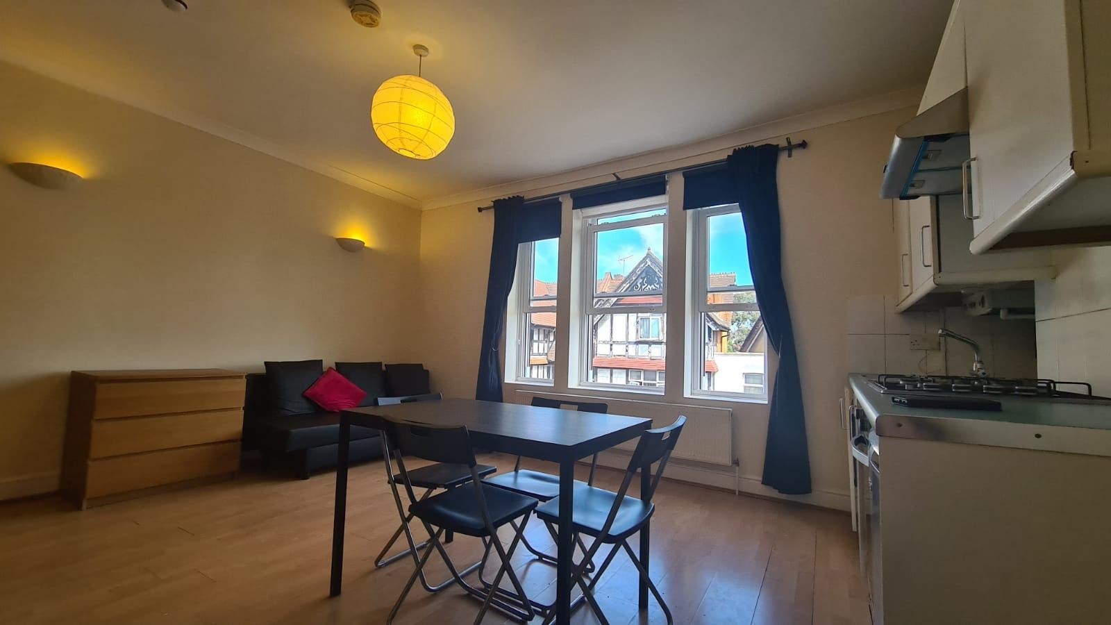 1 bedroom studio flat/apartment Let in Willesden Green - Double Studio