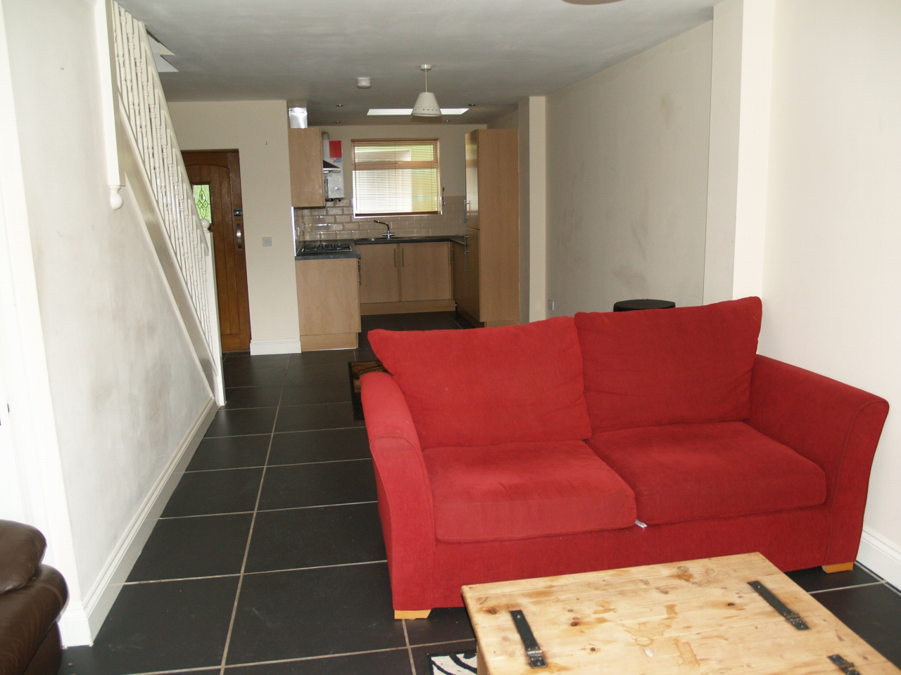 3 bedroom mid terraced house For Sale in Birmingham - Photograph 2.