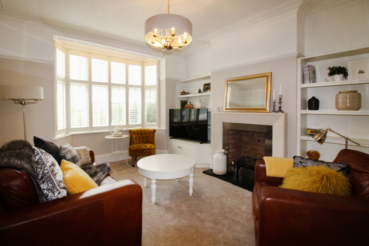 5 bedroom semi-detached house SSTC in Solihull - Photograph 4.