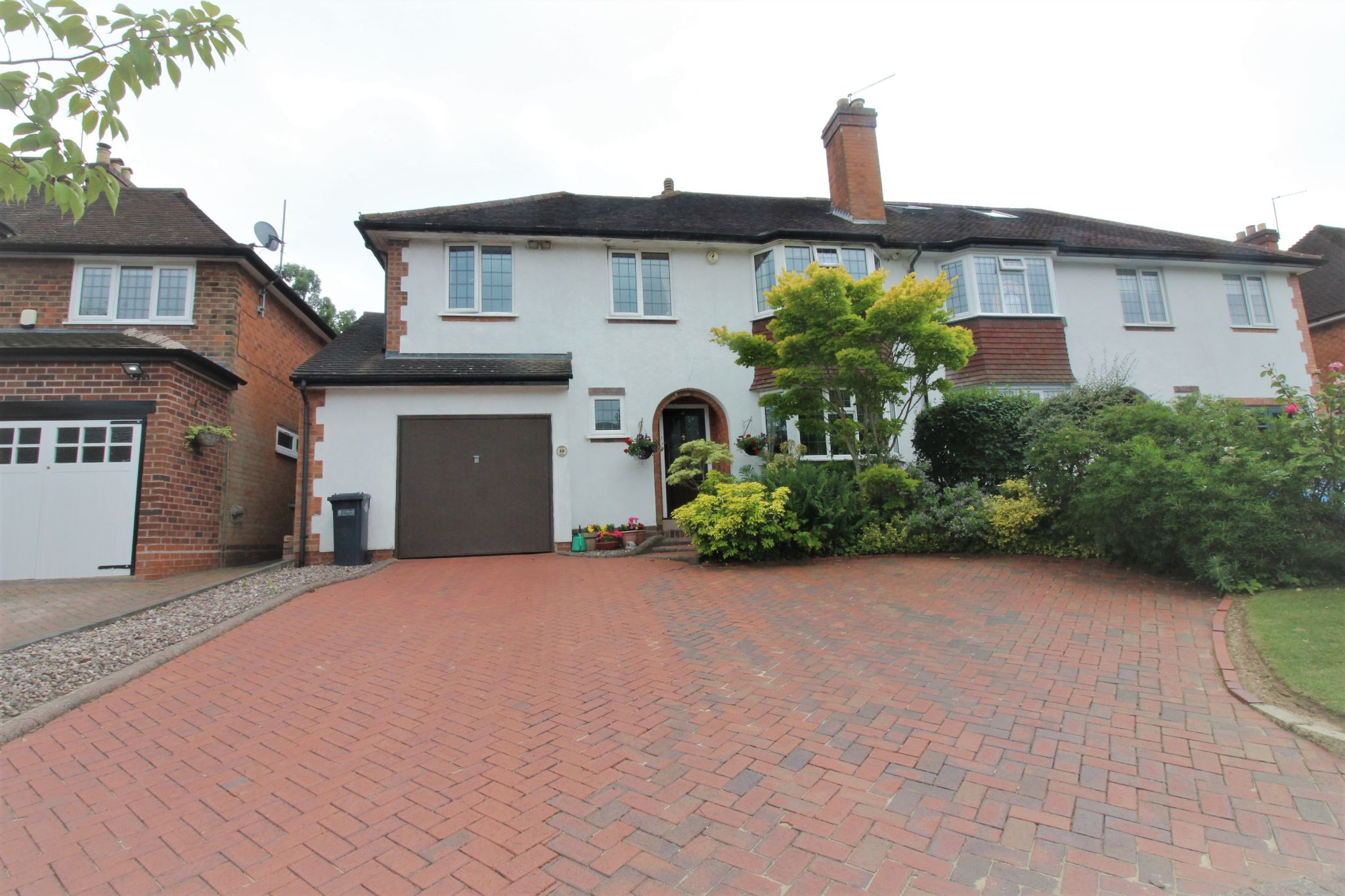 4 bedroom semi-detached house SSTC in Solihull - Photograph 1.