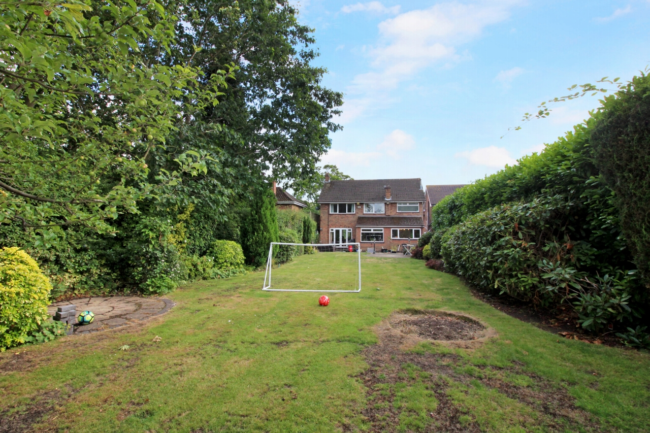 4 bedroom detached house SSTC in Solihull - Photograph 11.