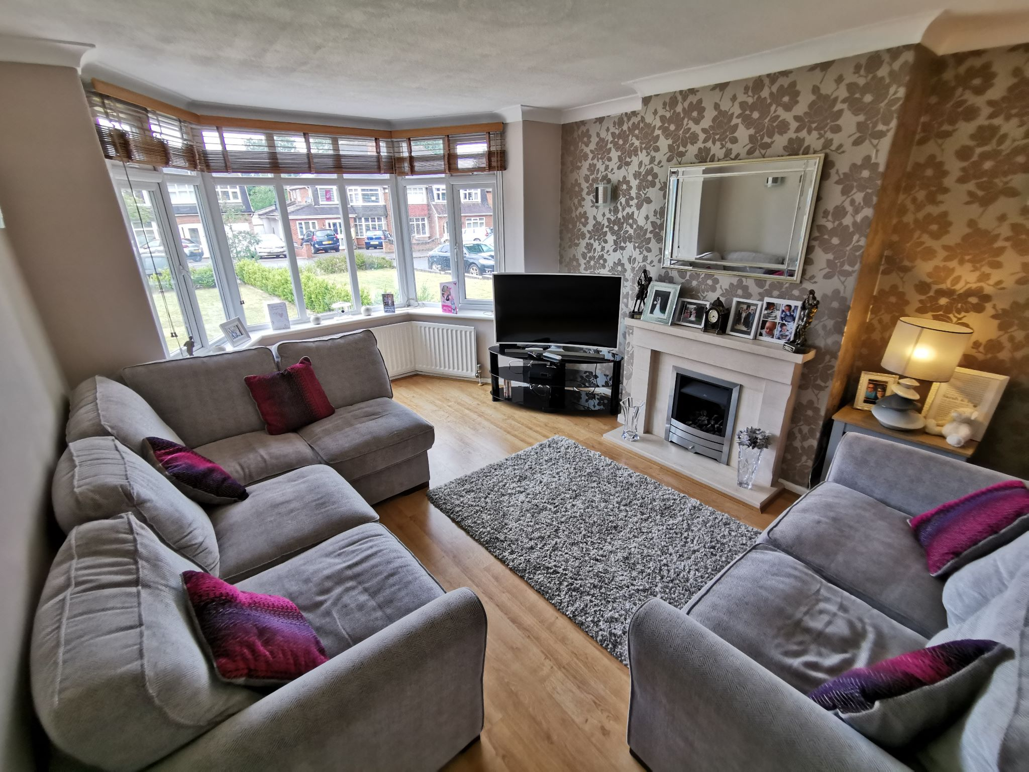 4 bedroom semi-detached house Let Agreed in Solihull - Photograph 3.