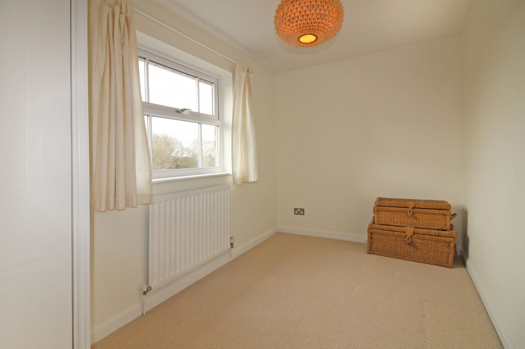 5 bedroom detached house SSTC in Solihull - Photograph 18.