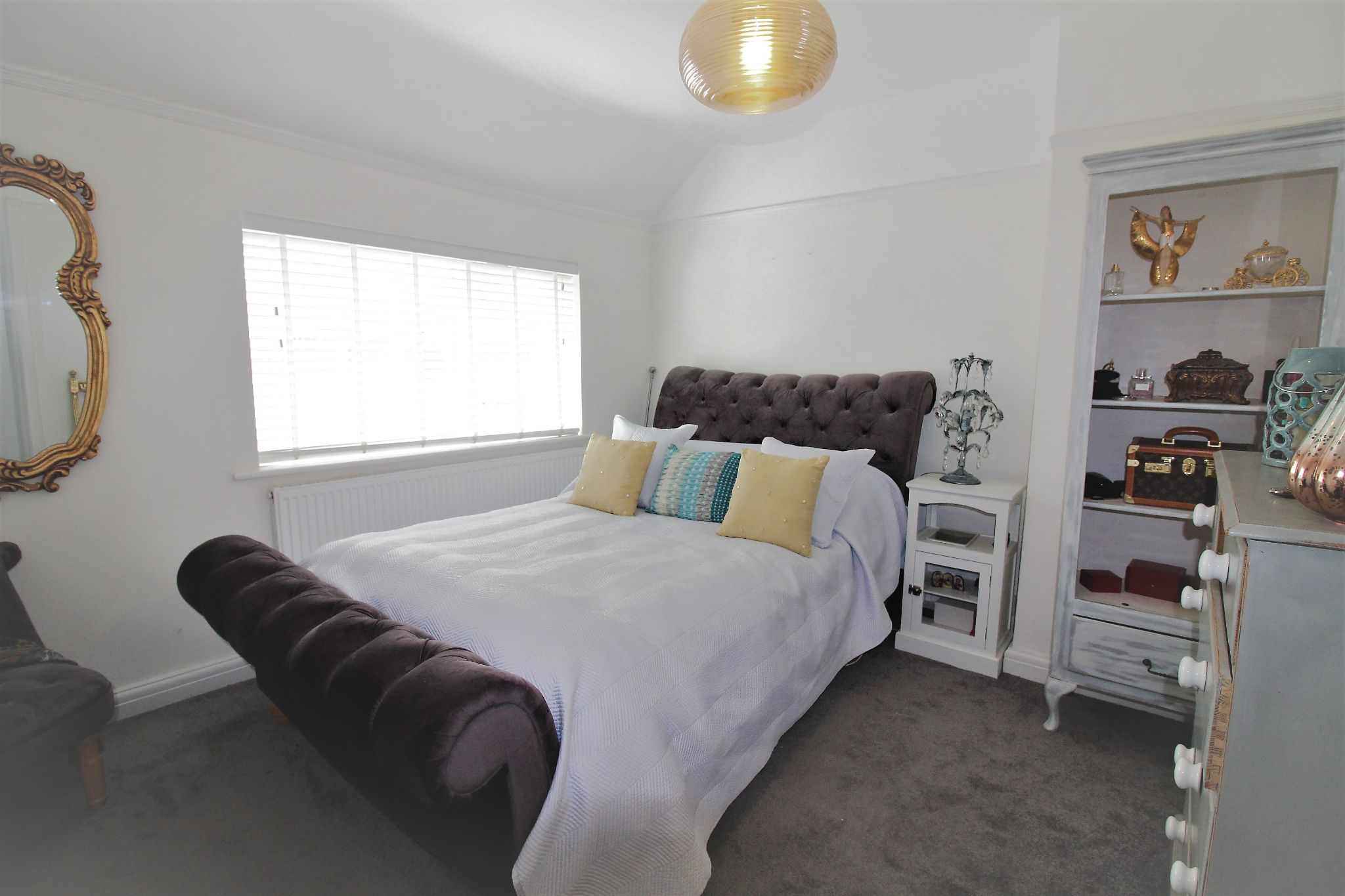 2 bedroom end terraced house For Sale in Solihull - Photograph 10.