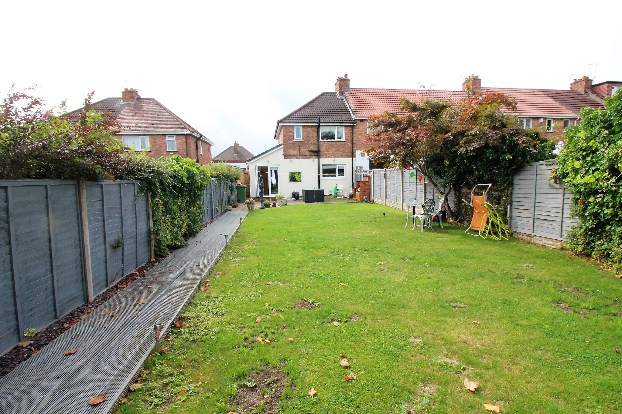 2 bedroom end terraced house For Sale in Solihull - Photograph 13.