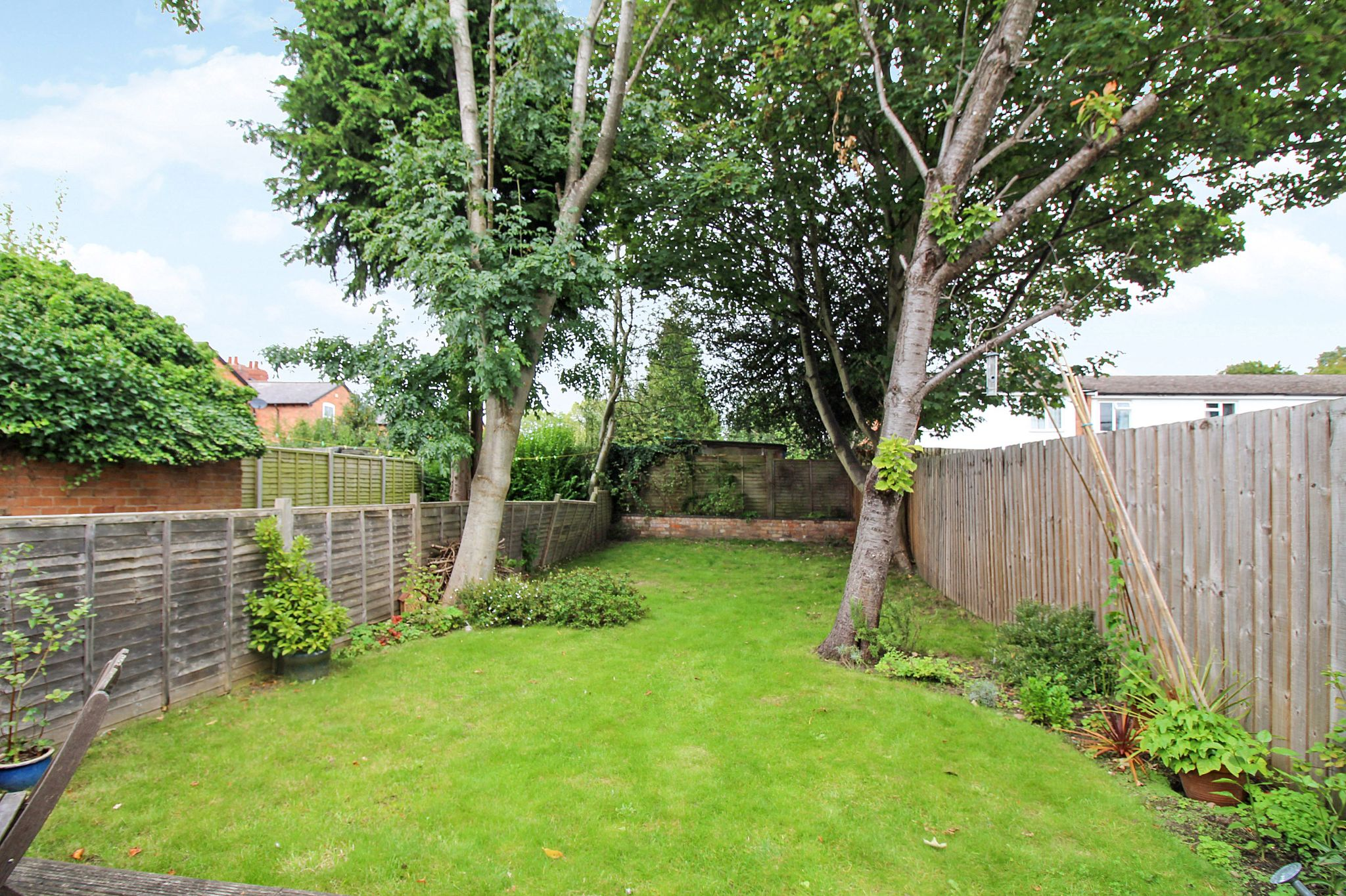 2 bedroom end terraced house For Sale in Solihull - Photograph 6.