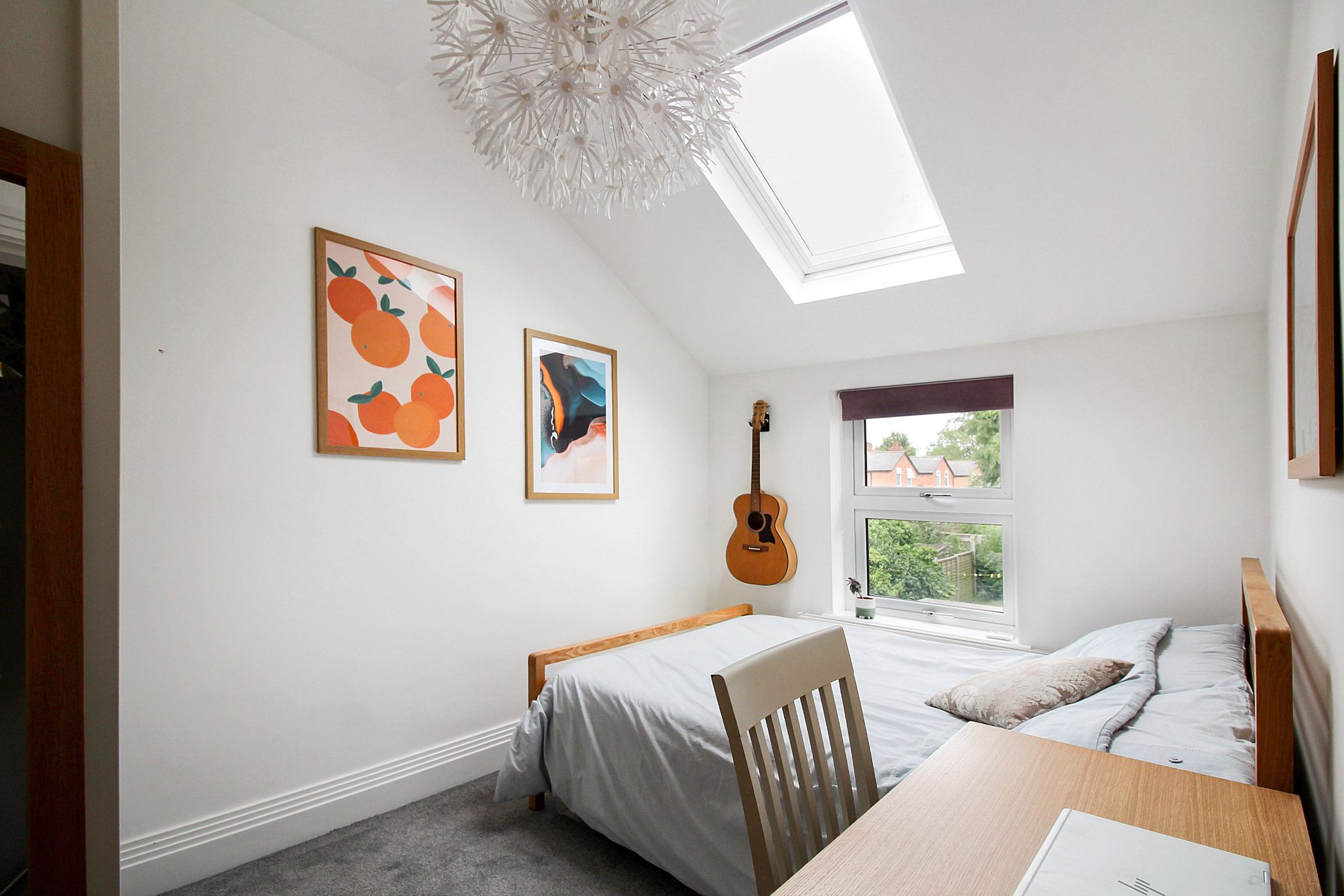 2 bedroom end terraced house For Sale in Solihull - Photograph 9.