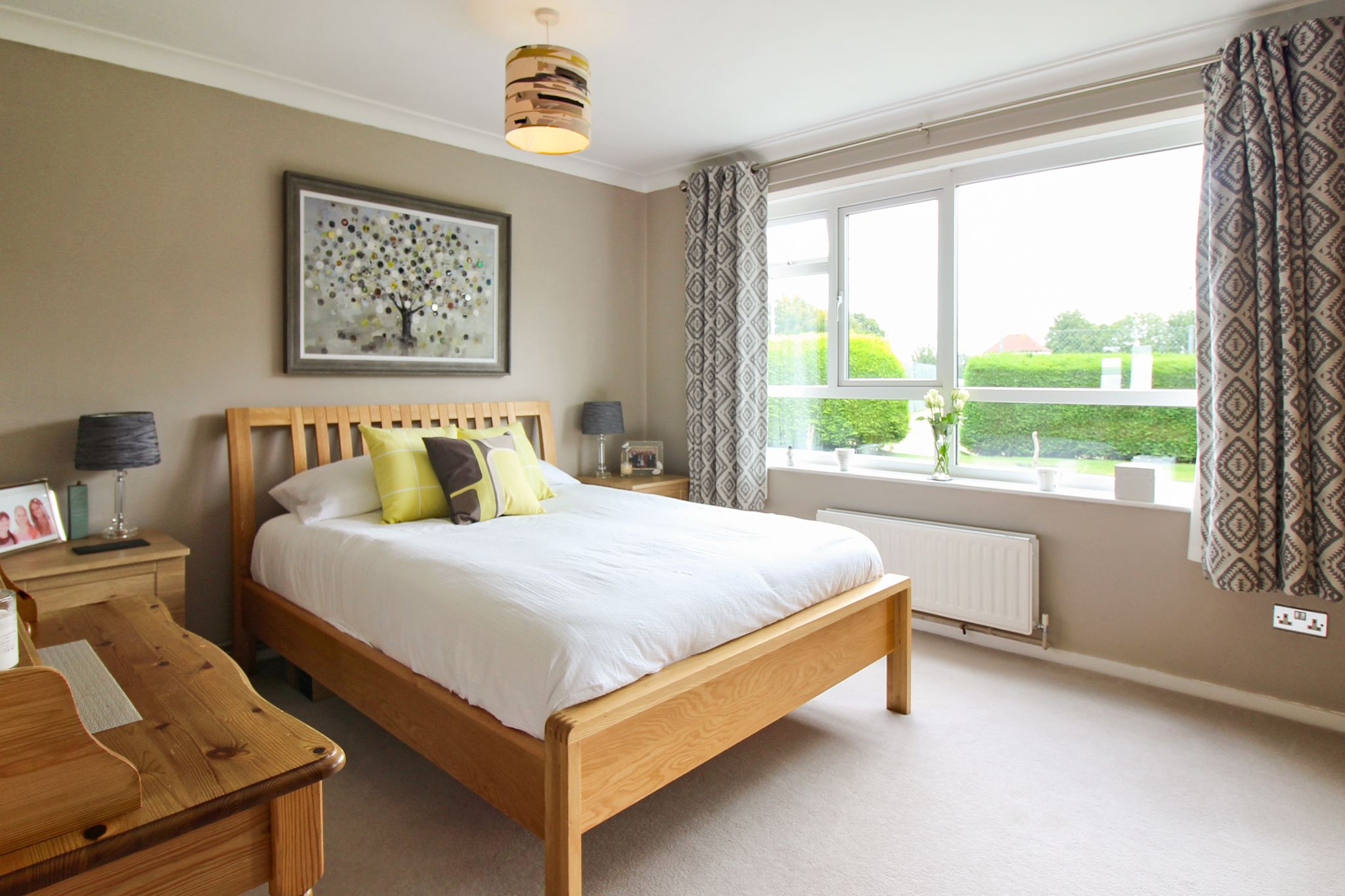 2 bedroom ground floor flat/apartment For Sale in Solihull - Photograph 6.