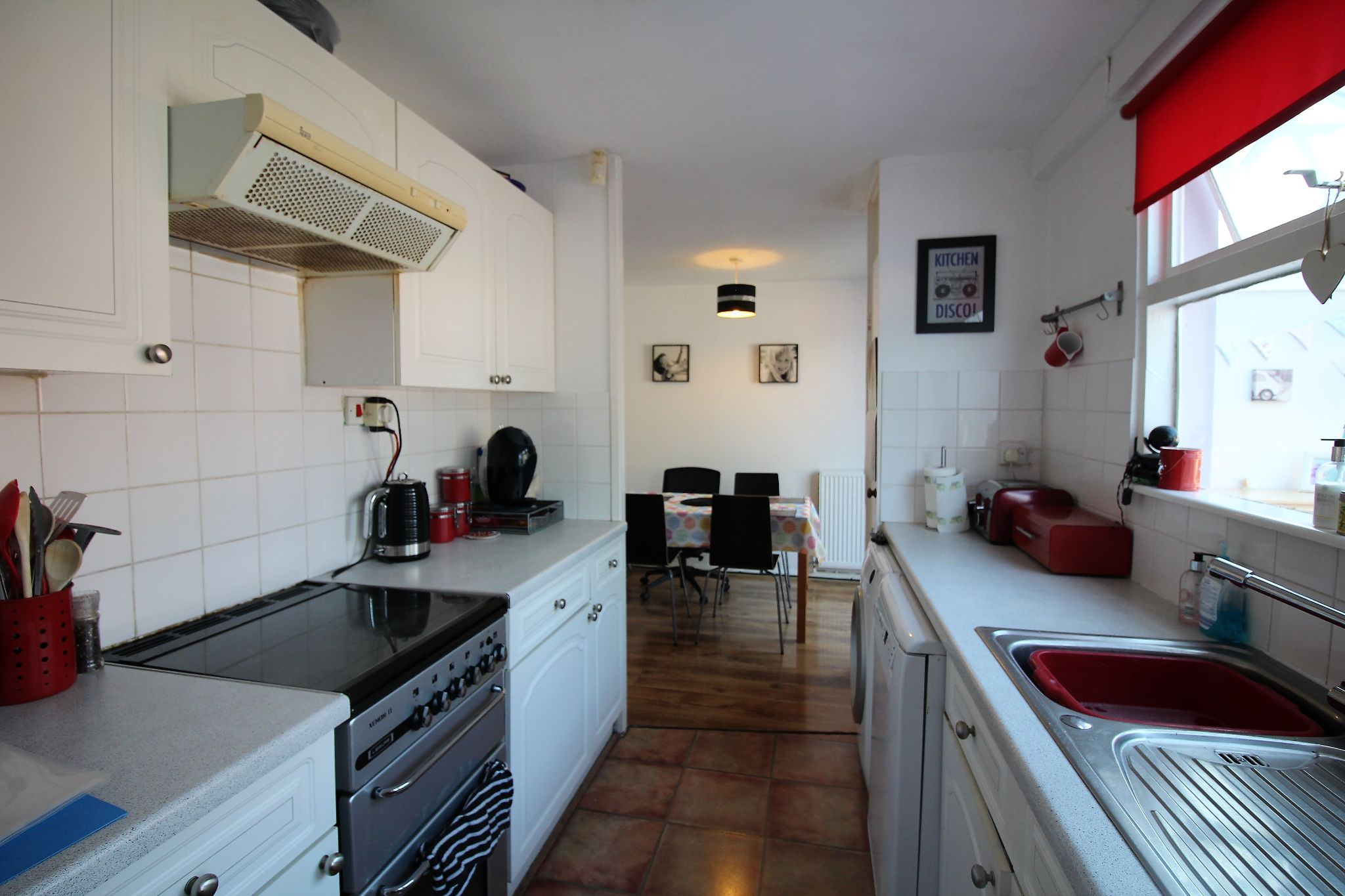3 bedroom mid terraced house For Sale in Solihull - Photograph 5.