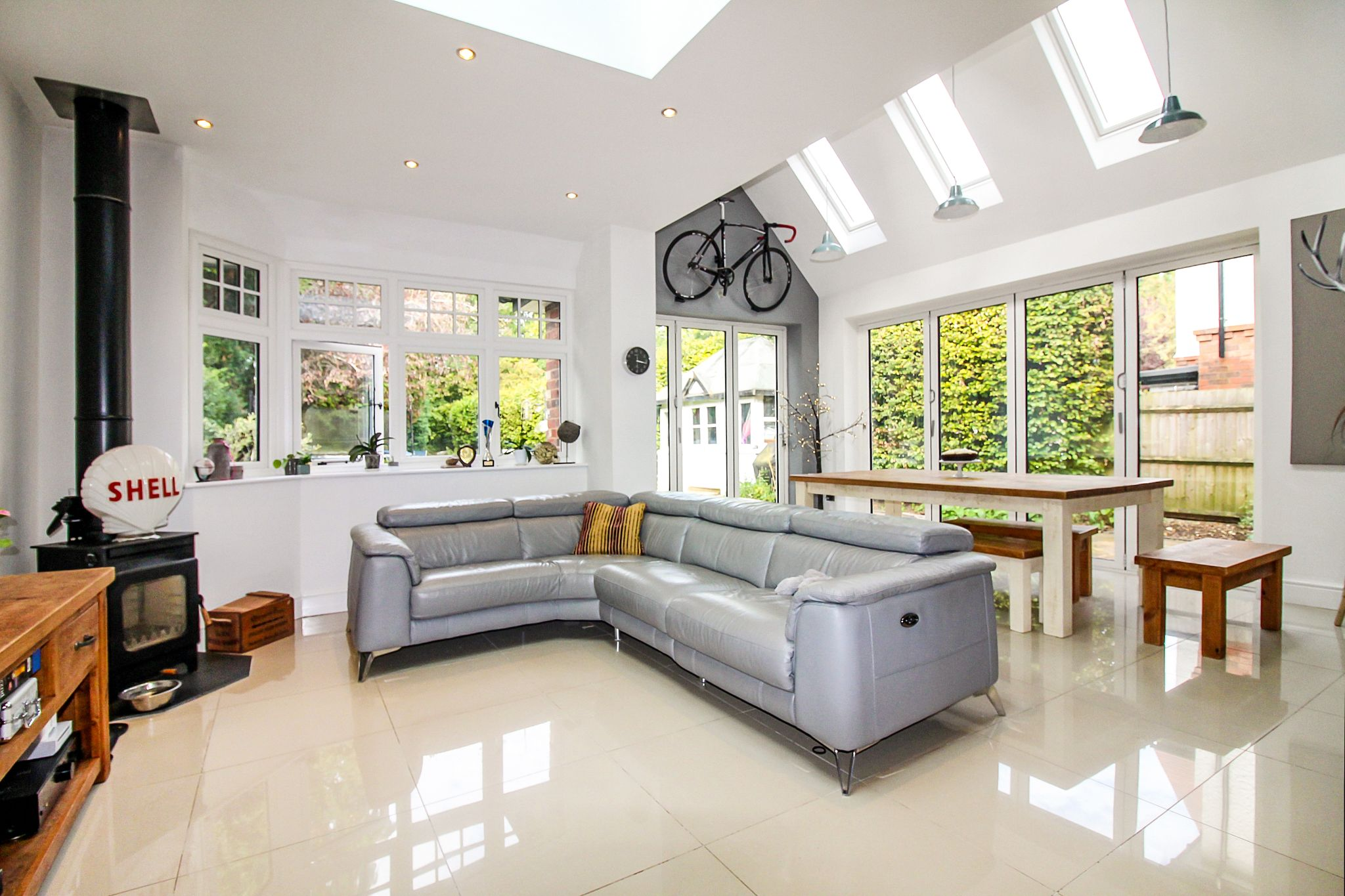 5 bedroom detached house For Sale in Solihull - Photograph 3.